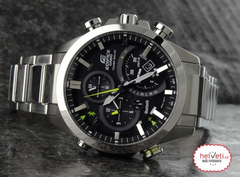 ... ale hledáte kombinaci standardních ručičkových hodinek a vyžadujete  alespoň základní chytré funkce 59e5722995e